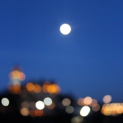 Bokeh shot of Edinburgh, Scotland, at night.